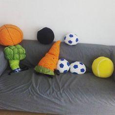 Venir a @kunlabori a #MiCursoDeportae y encontrar mogollón de #peluches de #IKEA :) #plush #softtoys #pelucheando