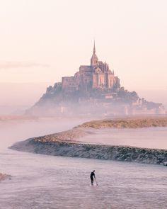 Mont Saint Michel Photography Tips Normandy France France Travel Destinations Travel Photography Tumblr, Photography Beach, France Photography, Photography Tips, World Photography, Europe Travel Tips, Places To Travel, Travel Destinations, Places To Visit