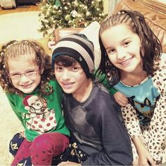 Bratayley on christmas. His last Christmas. He is now gonna spend Christina's with the Man upstairs❤️