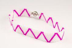 Armbänder - Peyote Armband weiß-pink - ein Designerstück von Perlentempel bei DaWanda