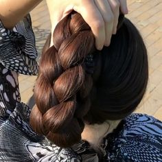 Braided Updo - 20 Easy Party Hairstyles for Long Hair - The Trending Hairstyle Long Hair Ponytail, Braided Ponytail Hairstyles, Loose Braids, Hairstyle Look, Braids For Long Hair, Party Hairstyles For Long Hair, Basic Hairstyles, Cute Ponytails, Beautiful Long Hair