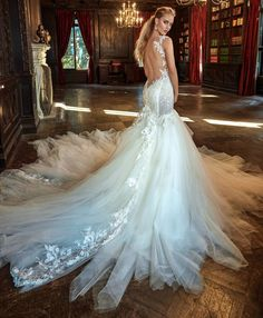 1016 Best wedding dresses images in 2019  49a2270f547