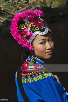View top-quality stock photos of Red Yi Ethnic Girl In Traditional Costume At Costume Festival Chuxiong Yi Ethnic Minority Autonomous Region Yunnan Province China. Find premium, high-resolution stock photography at Getty Images. Chinoiserie, Pretty People, Beautiful People, Tribal People, People Of The World, World Cultures, Fashion History, I Love Fashion, Headdress