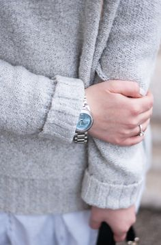 Cozy turtleneck sweater with overknee boots and Thomas Sabo watch - by lara ira