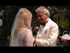 ♦Part Benny Hinn & Suzanne Hinn Renew Marriage Benny Hinn, Aging Gracefully, Ageing, Marriage, Music, Youtube, Coming Of Age, Valentines Day Weddings, Musica