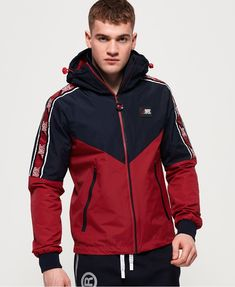 Superdry Sport Stripe Chrome Cagoule thumbnail 1 Within the last few 30 years, the evolution Nylons, What To Wear Today, How To Wear, Look Fashion, Mens Fashion, Asian Fashion, Mens Outdoor Jackets, Gym Outfit Men, Track Suit Men