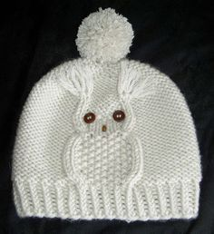 Knitting Patterns Hat Owl cap, hat with owl motif, head circumference 50 - 56 cm, knitting instructions - knitting instructions at M .Mit dieser Eulenmütze liegen Sie voll im Trend. In nur 45 RundenThis Pin was discovered by Hon Beanie Pattern Free, Baby Boy Knitting Patterns, Baby Hat Knitting Pattern, Baby Hats Knitting, Knitting Designs, Hand Knitting, Crochet Patterns, Crochet Baby Clothes, Crochet Baby Hats