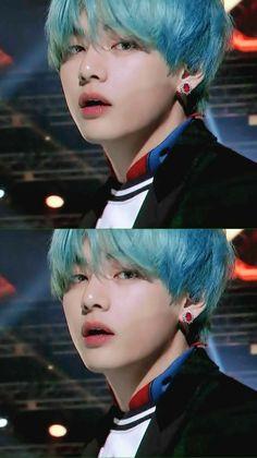 Tae with blue hair Jimin, Suga Rap, Bts Bangtan Boy, Namjoon, Kim Taehyung, Seokjin, Foto Bts, Bts Photo, Daegu
