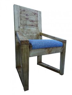 GEO - The chair is made of old wood derived from a rafter of a Galician cottage . Outdoor Chairs, Outdoor Furniture, Outdoor Decor, Chair Upholstery, Old Wood, Contemporary Interior, Scandinavian Style, Geo, Dining Bench