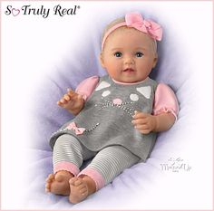 Itty Bitty Kitty Lifelike Weighted Baby Doll by Ashton-Drake with Rooted Hair Real Baby Dolls, Realistic Baby Dolls, Baby Girl Dolls, Ashton Drake, Reborn Babypuppen, Reborn Baby Dolls, Silicone Reborn Babies, Silicone Baby Dolls, Life Like Babies