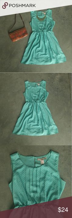 Forever 21 Mint Polka Dot Dress Forever 21 dress, size small, in excellent condition! Only flaw is that it has belt loops but no belt. Mint green color with ivory dot print. Elastic waist. Pleats on chest.  Not lined but not sheer. Please ask any questions. No trades. Make a reasonable offer. Thanks! Forever 21 Dresses Mini