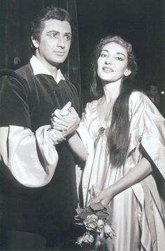 Franco Corelli & Maria Callas their Tosca was magic.  They were a dream team. Here after la Scala in il Pirata, I am told.