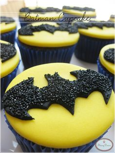 Batman Cupcakes ohhh yeah yum yum going to eat in the bat mobile (don't actually watch smallville or any other show with batman in it.COM custom cup cakes to order by cakes by SWEETIES SWEETS Cake Pops, Yummy Cupcakes, Cupcake Cookies, Batman Cupcakes, Delicious Desserts, Yummy Food, Mini Cakes, Cakes And More, Let Them Eat Cake