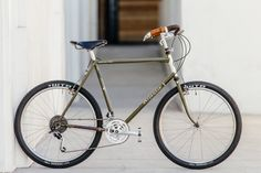 Like the lost city of Atlantis, Rivendell's arguably most famous model carries a bit of mystique. They're beautiful to look at but a dream to ride. So dreamy that it's hard to figure out what makes th...