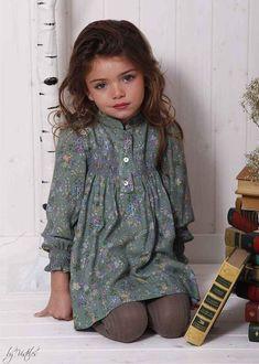 Pin by Svetlana Volkova on Kids fashion Little Girl Outfits, Little Girl Fashion, Baby Girl Dresses, Baby Dress, Toddler Dress, Toddler Girl, Girls Wardrobe, Baby Kind, Kind Mode