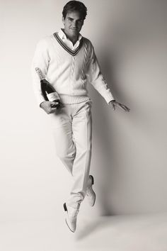 Roger #Federer does traditional whites well