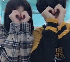 Find images and videos about girl, boy and couple on We Heart It - the app to get lost in what you love. Mode Ulzzang, Ulzzang Korea, Ulzzang Girl, Couple Goals, Cute Couples Goals, Gay Couple, Couple Posing, Cute Korean, Korean Girl