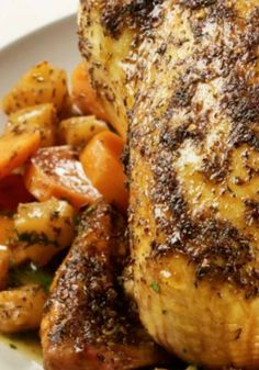 Caribbean Roast Chicken with Pineapple and Sweet Potatoes, an easy  dinner with a flavorful sauce. You have to try this recipe!
