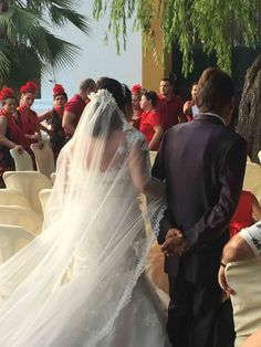Algunos momentos de la boda de Fran y Lola Wedding Dresses, Fashion, Wedding Moments, Boyfriends, Bride Dresses, Moda, Bridal Gowns, Fashion Styles