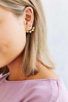 Venessa Arizaga 4-Prong Heart Earring - Urban Outfitters
