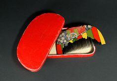 Japanese Kushi comb, palanquin design