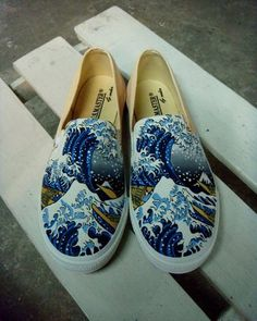 The Great Wave off Kaganawa by Hokusai - shoes (if it were me, I would have continued it so that the whole picture was displayed across the two shoes, rather than the same half on both)