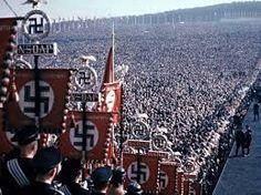 Nazismo... Segunda Guerra Mundial.