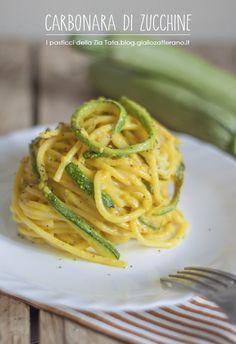 Carbonara di zucchine - bavette (o spaghetti), zucchine, uova, grana, aglio curcuma o zafferano latte