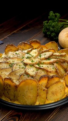 Herzhafter Kartoffelkuchen mit Käse und Schinken Perfect lunch or dinner in winter: the warm potato cake with cheese and ham. Ingredients & recipe: see link. cake The post Hearty potato cake with cheese and ham appeared first on Food House. Breakfast Recipes, Dinner Recipes, Lunch Recipes, Summer Recipes, Cake Recipes, Cooking Recipes, Healthy Recipes, Healthy Soup, Healthy Pesto