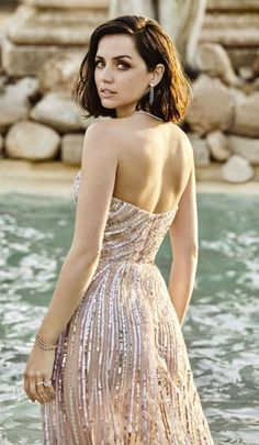 Tumblr Strapless Dress Formal, Formal Dresses, Prom Dresses, Camera Icon, Nice Tops, Girl Photos, Beauty Women, Actresses, Female