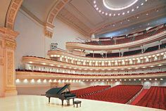 Carnegie Hall in NYC, one of the most prestigious venues in the country. And i am proud to say that my girlfriend sang here, sharing her angelic voice with hundreds of people. <3