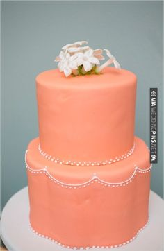 peach wedding cake | CHECK OUT MORE IDEAS AT WEDDINGPINS.NET | #weddingcakes