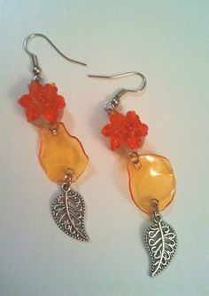 Un blog pieno di...Impronte!: Gioielli in plastica riciclata - Recycled Pet Jewelry