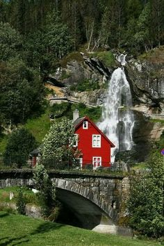 Dream location. That waterfall!