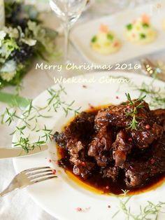 ワインにも、和食にも合う簡単で本格的な煮込みです。圧力鍋使用で時短調理も◎ホロホロ柔らか絶品です♪  クリスマスやお正月にも◎  2年前料理教室でご紹介した人気メニューです。