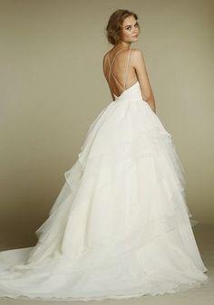 Navabi dit oui, des robes de mariée pour les femmes rondes  Robes ...