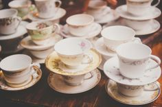 vintage tea cups for guests to sip on