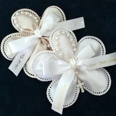 These personalized Baptism or First Holy Communion favors are decorated with a silver rosary Communion Favors, Baptism Favors, First Communion Dresses, First Holy Communion, Baby Baptism, Christening, Baptism Decorations, Wedding Decorations, 25th Wedding Anniversary