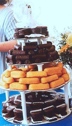 Twinkie & Ho Ho Wedding Cake Redneck Wedding Cakes, Redneck Party, Redneck Birthday, Hillbilly Party, Redneck Weddings, Funny Redneck, Redneck Wine, White Trash Wedding, White Trash Party
