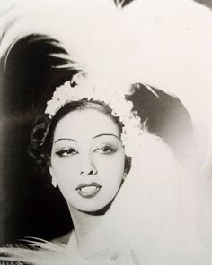"Josephine Baker born Freda Josephine McDonald in Missouri. A dancer, singer, & actress; known as the ""Black Pearl"", ""Bronze Venus"" & ""Creole Goddess"". African American woman to star in a motion picture 1934 ""Zouzou"". Josephine Baker, Vintage Black Glamour, Vintage Beauty, Vintage Soul, American Women, American History, Native American, Black Is Beautiful, Beautiful People"