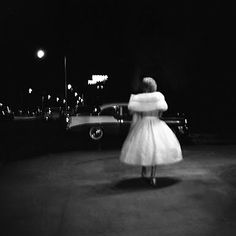 My uncle recently introduced me to the work of Vivian Maier, an American amateur street photographer whose photos date between the 1950s and 1990s. Countless rolls of undeveloped film along with th…