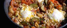 Fűszeres izraeli lecsó cukkinivel – A shakshuka tavaszi változatát is érdemes elkészíteni - Receptek | Sóbors Feta, Eggs, Breakfast, Cilantro, Morning Coffee, Egg, Egg As Food