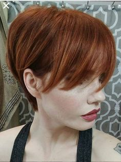 Pixie Haircuts for Thin Hair Pictures now on our web site! You can try the short layered haircuts fine hair. Short Textured Hair, Short Hair With Layers, Short Hair Cuts For Women, Pixie Haircut For Thick Hair, Thin Hair Haircuts, Short Hairstyles, Wedding Hairstyles, 2015 Hairstyles, Bob Haircuts