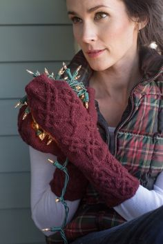 Knotted Mittens Kit