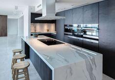 Marmer (look) in keuken | Keukenstudio Maassluis