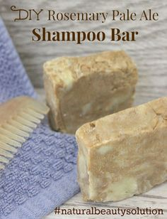 Looking to avoid harsh chemicals when shampooing your hair? Consider this simple DIY shampoo bar! Diy Shampoo, Lush Shampoo Bar, Beard Shampoo, Solid Shampoo, Organic Shampoo, Homemade Shampoo, Homemade Facials, Detox, Purple Shampoo