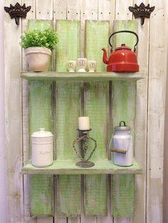 """*Das Pflanzen-Deko-Regal im   """" Irish-Moos """" Shabby-Style*, haben wir für alle Naturliebhaber entworfen und gebaut.  Durch die Naturfarben bringt es e"""