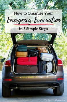 Organize your emergency evacuation in 5 simple steps - Survival Mom - Style and More - All kinds of trendy ideas Emergency Evacuation Plan, Emergency Preparedness Food, Emergency Preparation, Emergency Supplies, Survival Prepping, Survival Skills, Emergency Kits, Survival Gear, Survival Quotes