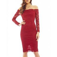 Bordowa, koronkowa sukienka midi, długim rękawem i odkrytymi ramionami