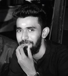Fake it 'til you make it. . . #Black#Binthi  #BeingMe #traditional ##beard #beardgang #beards #beardsofinstagram #blackandwhite #B&W ##instagram #like4like #followme #me #smile #fashion